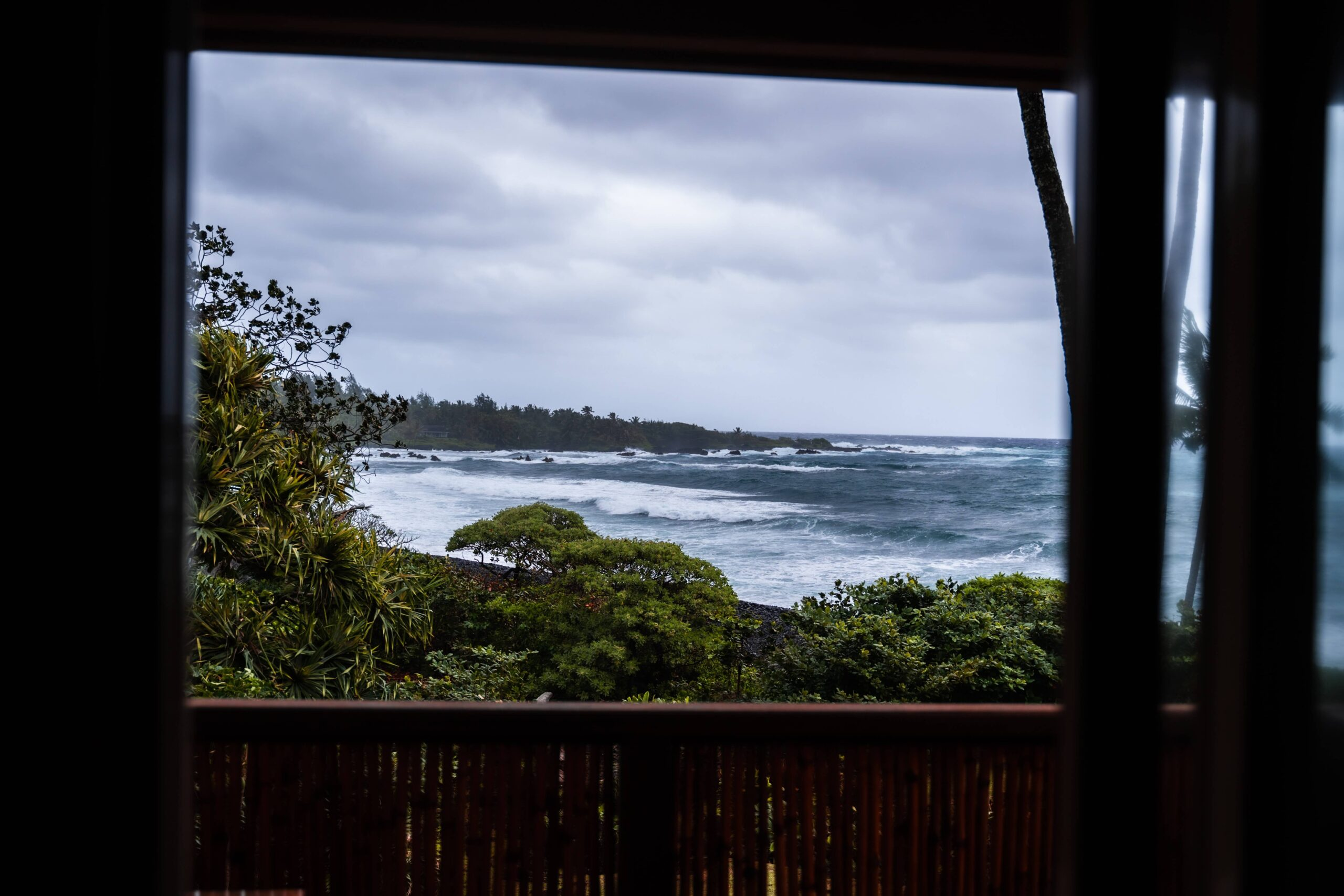 Hana Bay- Top tourist attractions in maui - write to aspire