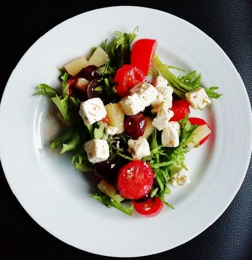 Is it healthy to eat salads every day - write to aspire